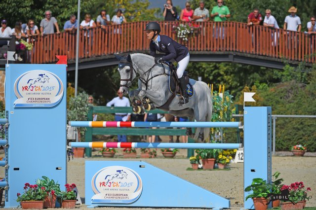 Horse Times Egypt: Equestrian Magazine :News :Sweden takes over the lead in the Young Riders: Eline Petersson roared in time jumping all of them